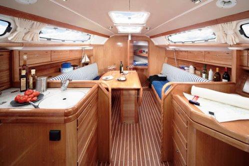 31 Cruiser - BAVARIA YACHT AB